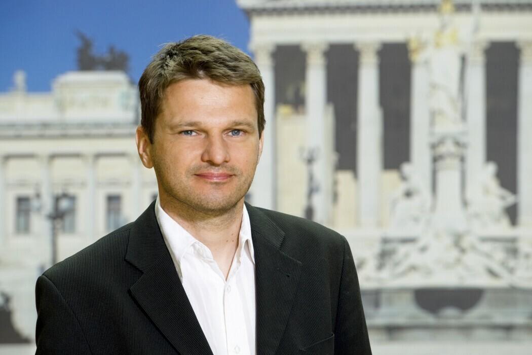 Mag. Albert Steinhauser