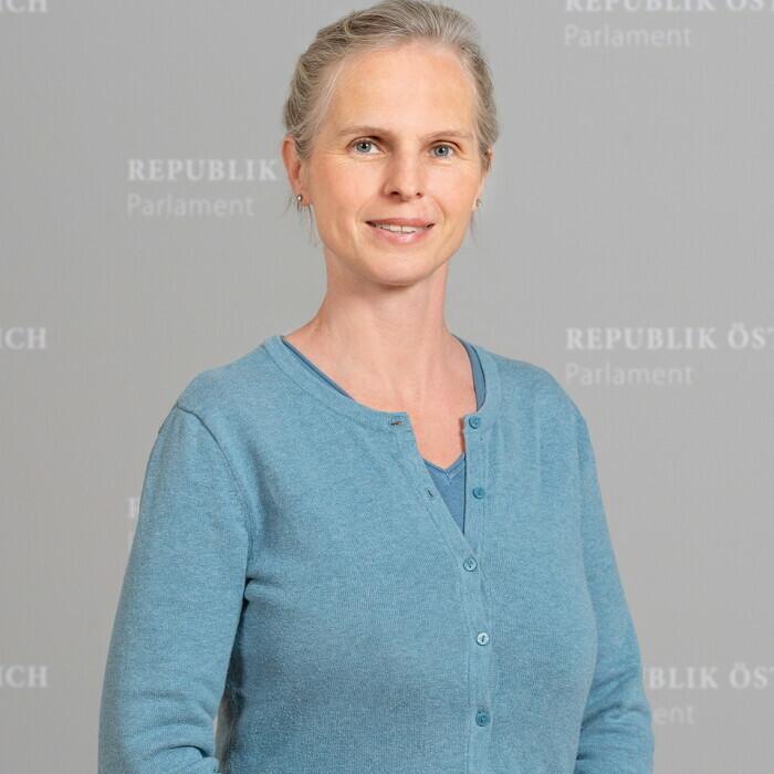 Mag.a Daniela Gruber-Pruner