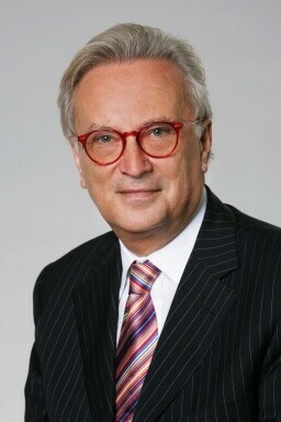 Dr. Hannes Swoboda