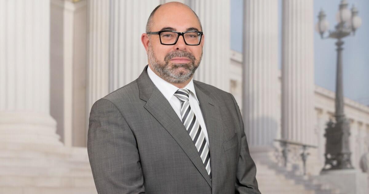 Mag. Dr. Klaus Uwe Feichtinger