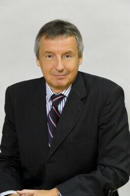 Dr. Martin Bartenstein