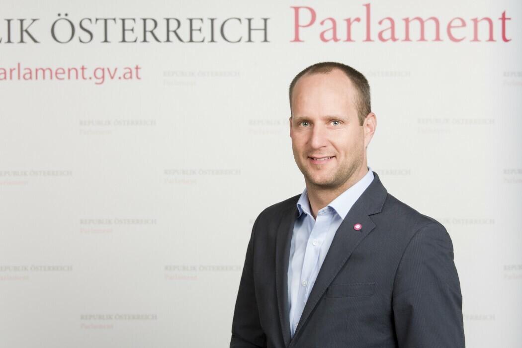 Mag. Dr. Matthias Strolz