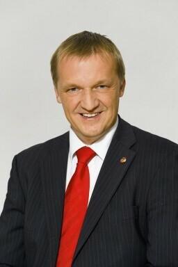 Michael Lampel