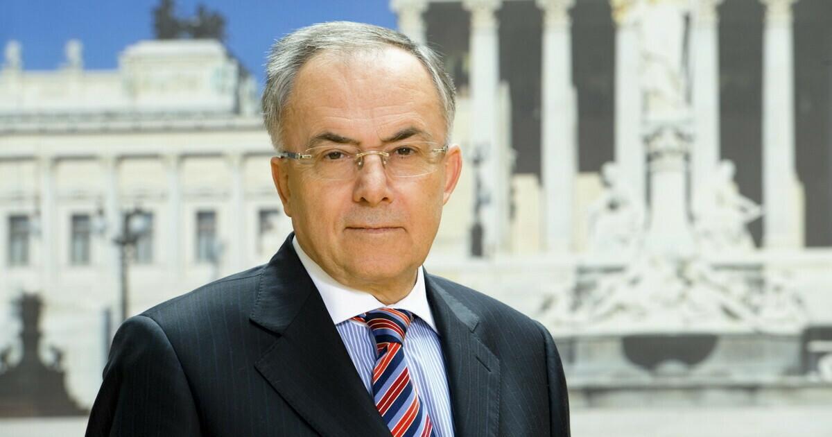 Dr. Peter Fichtenbauer