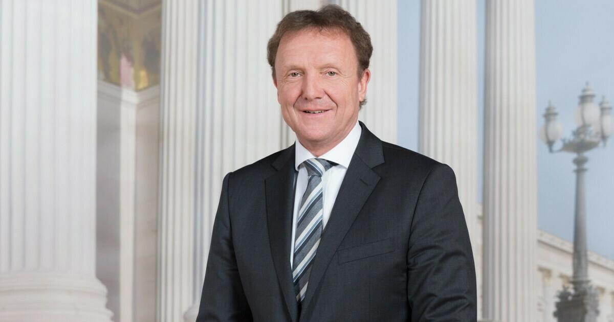 Mag. Reinhard Pisec, BA