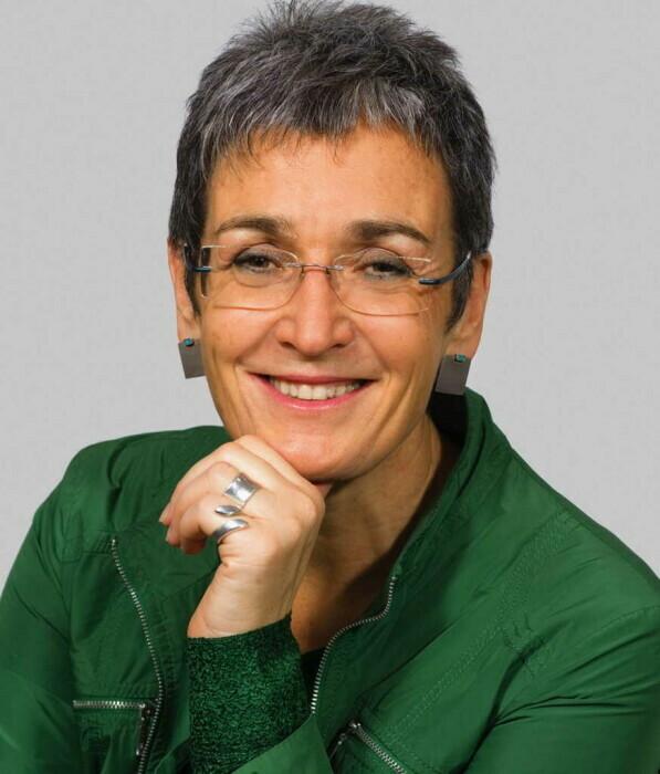 Mag.a Ulrike Lunacek