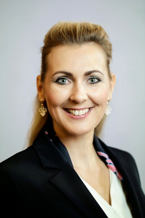 Mag.a (FH) Christine Aschbacher