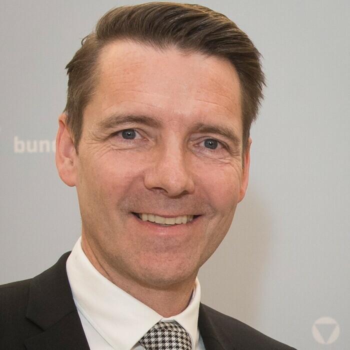 MinR Mag. Dieter Kandlhofer