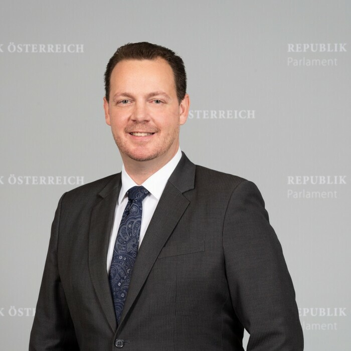 Portraitfoto von Gerhard Kaniak