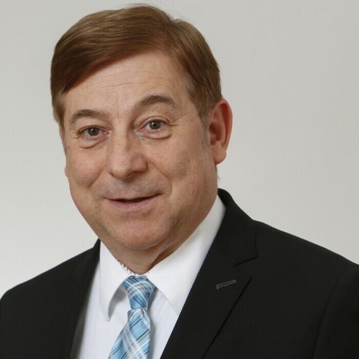 Dr. Kurt Stürzenbecher