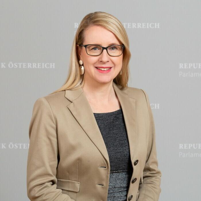 Foto von Magarete Schramböck