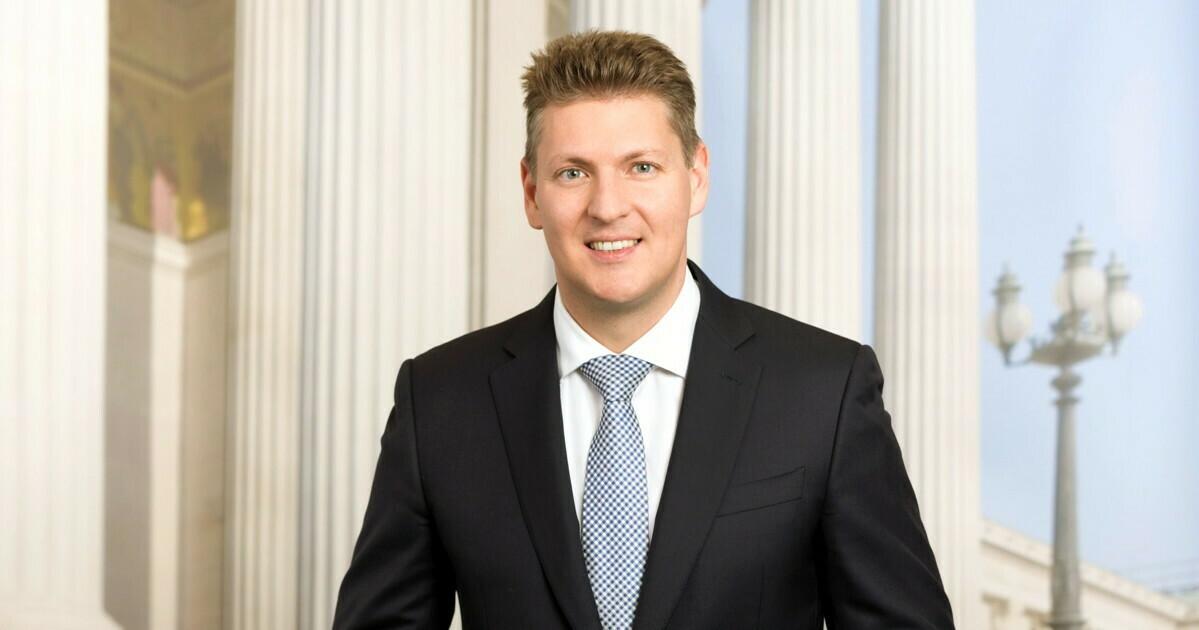 Dr. Markus Tschank, MEB