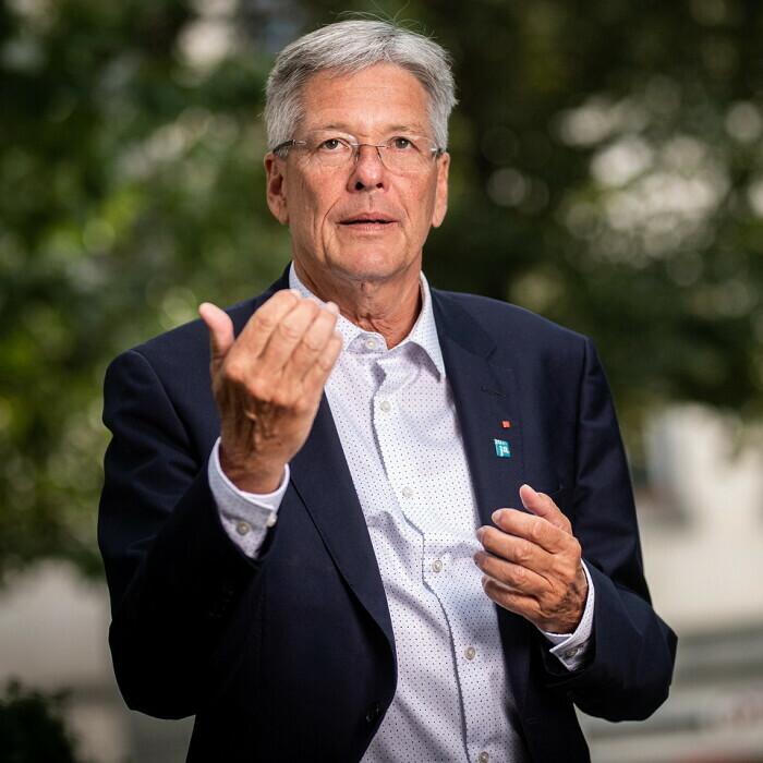 Mag. Dr. Peter Kaiser