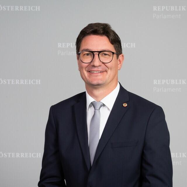 Portraitfoto von Reinhold Einwallner