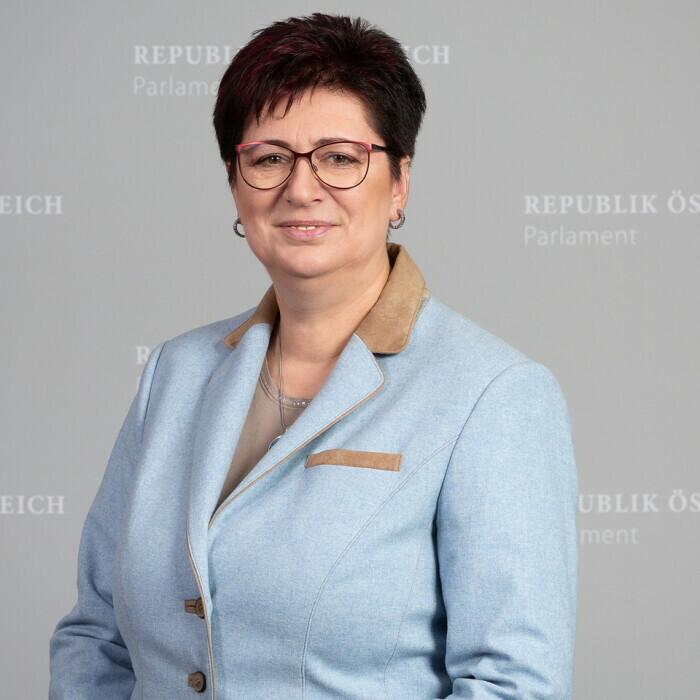 Rosa Ecker, MBA