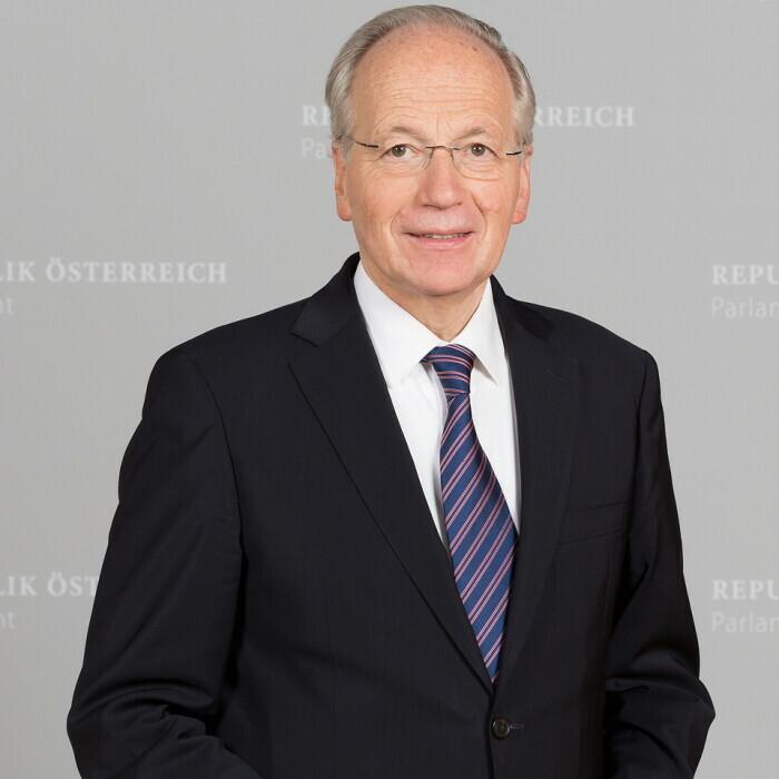 ao. Univ.-Prof. Mag. Dr. Rudolf Taschner
