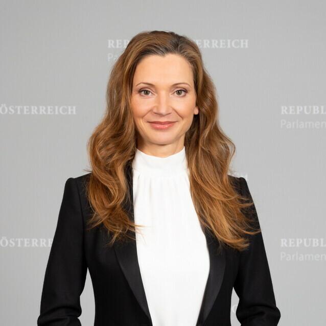 Portraitfoto Susanne Fürst